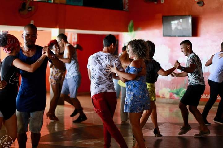 Baile do Meio Dia (2)
